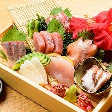 トロ箱で豪快に!沖縄の贅沢な海の幸