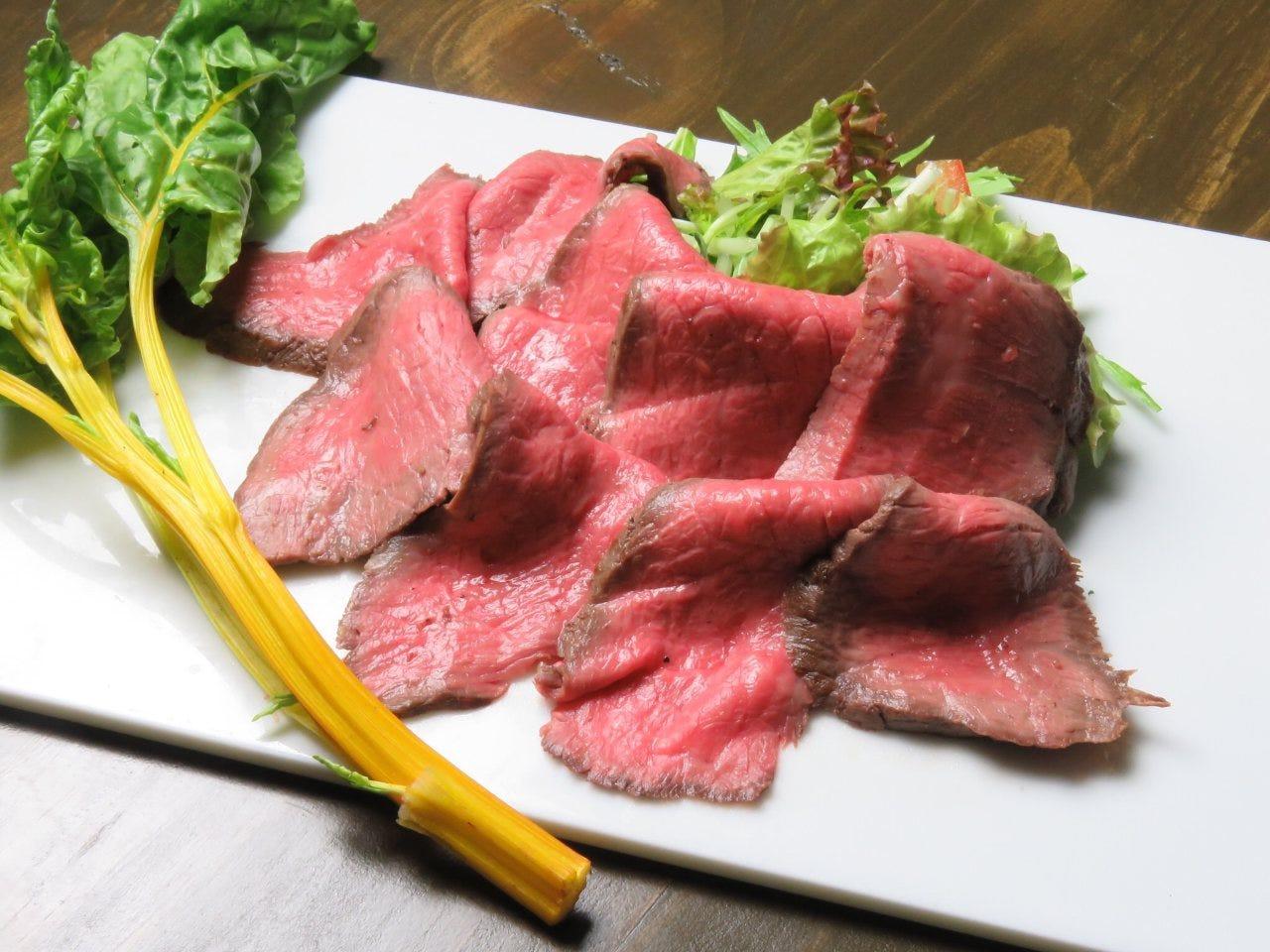 今話題の低温調理による肉の旨味と柔らかさを是非ご賞味ください