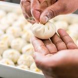 【手作りにこだわる】 熟練のシェフによる手作り料理をどうぞ!