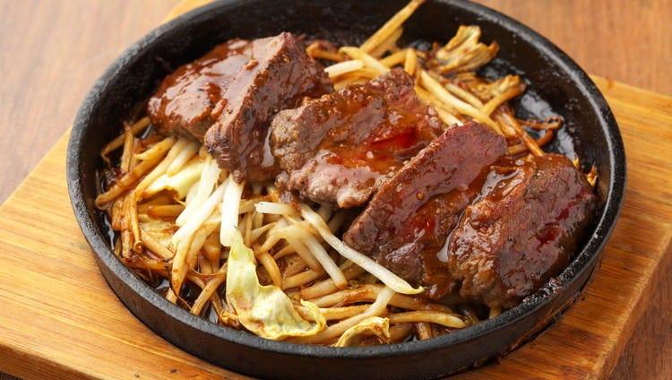 大阪の下町で人気の「キモ焼き」は濃厚な味にお酒が進みます!