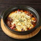 牛肉と2種のチーズのオーブン焼き