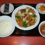鶏唐揚げの辛し炒め定食