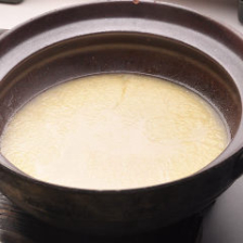 こだわりの特濃水炊きスープ