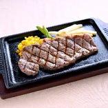 国産黒毛牛ステーキ