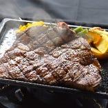 アンガス牛ステーキ