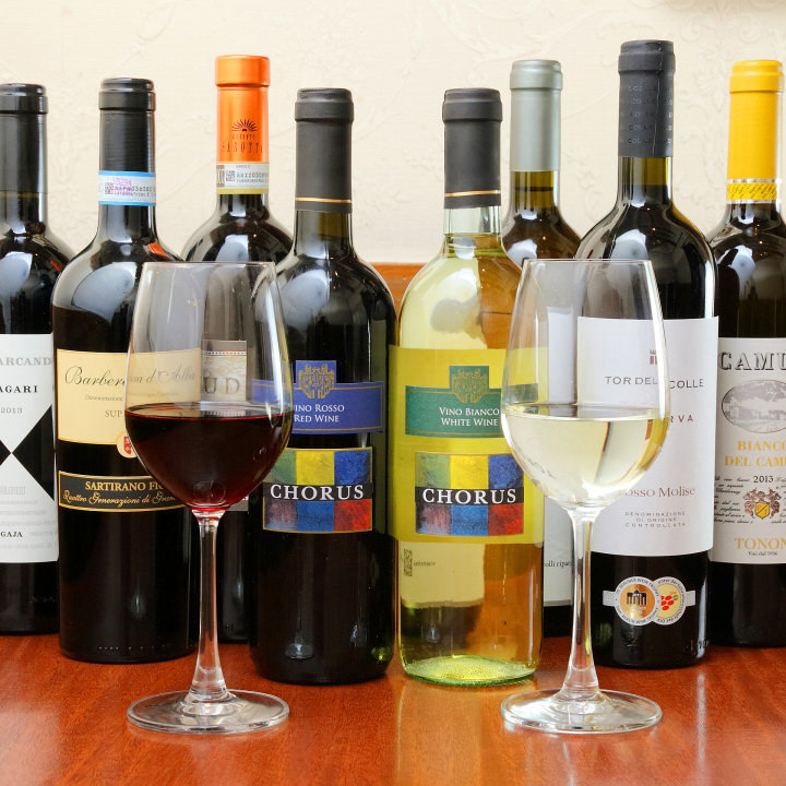 いつ来ても新たな味との出会い。季節毎に変わるワインメニュー