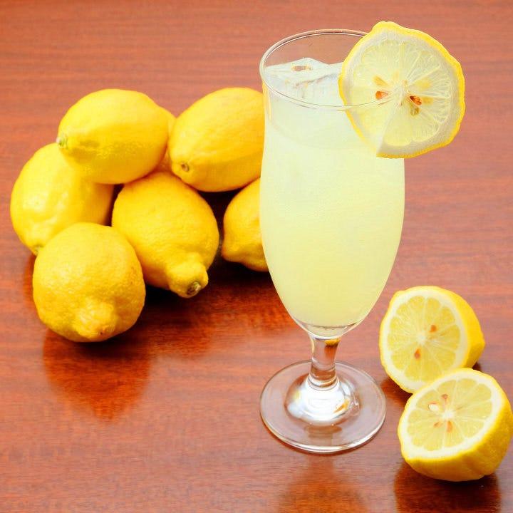 後味すっきり!フレッシュな味わいが人気のリモンチェッロソーダ