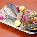 築地や銚子漁港から目利きし仕入れ。