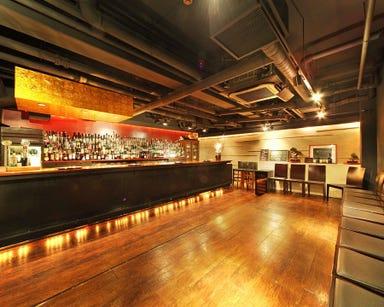 新横浜オーセンティック Bar T3  店内の画像