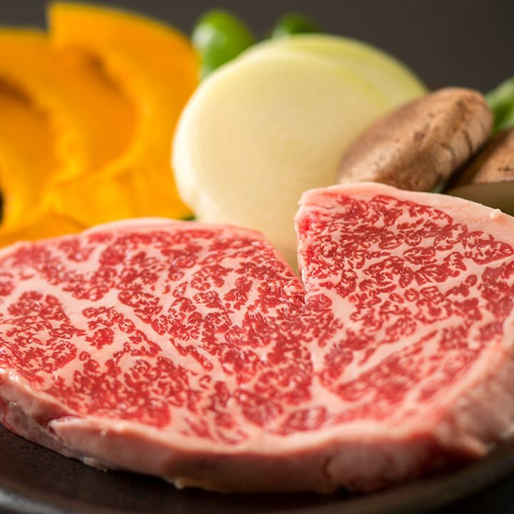 厳選された上質なお肉のみを使用