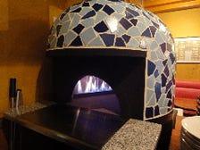 500度の石窯で焼き上げたピッツァ!