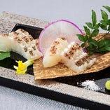 真鯛のわら炙り刺身