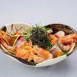 本日入荷の海鮮サラダ
