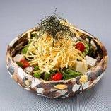 カリカリごぼうと豆腐のサラダ