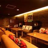 ソファの個室は12名様程度のご利用が可能です。