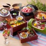 当店人気No.1の会席コース「花万葉」。豪華食材を堪能できます