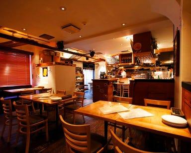 表参道ワイン食堂 Den 店内の画像