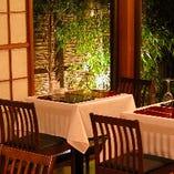 神楽坂旧邸宅を改装した上品で 落ち着いた佇まいでお食事を