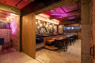 THE 10 PERCENT × Fraction Bar  店内の画像