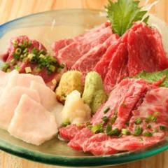 桜肉寿司 馬肉酒場 馬喰ろう 金山店