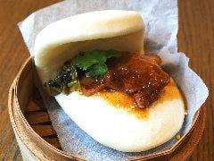 台湾風角煮まん 割包(クワパオ)