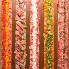 《ロング炙り肉寿司》ボリューム満点の単品料理◎