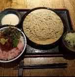 たっぷりネギトロ丼と手打ち蕎麦セット(とろろ付)