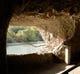 江戸時代に掘られた青の洞門の明かり取り窓