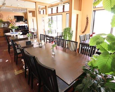 Dining Cafe サラード  店内の画像