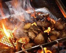 素材を活かす炭火焼、炉端焼、燻し焼