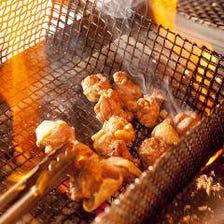 鳥取県産大山鶏の炭火焼き鳥が大好評