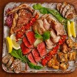 ◆皆でワイワイ◆ 宴会コースにあるパリジャータ(お肉の盛り合わせ)は見た目もお味もGOOD!ボリューム満点で幹事様も安心間違いなし!詳しくはコースをご覧下さい★