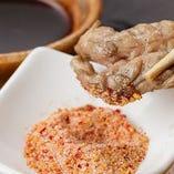 鶏の美味しさを引き出す自家製ブレンド塩