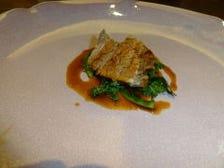牛バラ肉の煮込みエシャロットのソース 菊菜のブレゼ