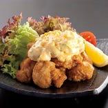 自家製タルタルソースが人気! チキン南蛮700円