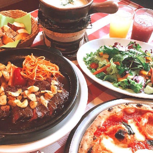 お腹いっぱい薪窯ピッツァが食べられるお得なランチ☆