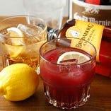 フルーティーで飲みやすいサングリアもございます。女性や強いお酒が苦手な方におすすめです。