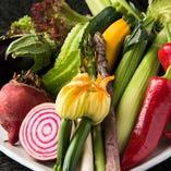 ◇ 「朝露滴る」新鮮な野菜が毎朝届く。 ◇