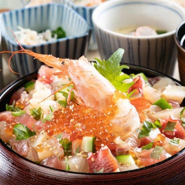 鮮魚がたっぷり「海鮮ひつまぶしの昼膳」