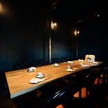 テーブル席は4名様×4卓、6名様×1卓をご用意。