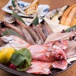 当店の干物は、魚の旨味を感じる大事な要素である脂を最大限に残しております。