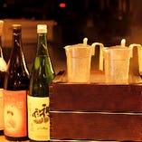 蕎麦ちょこやチロリなど様々な酒器で嗜むのも◎※系列店舗のドリンクです。