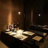 宴会や接待など様々なシーンに対応可能な和空間は完全個室も完備