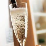 樽詰スパークリングワインのポールスターが大人気