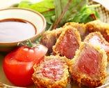 【馬肉のヒレカツ780円】とても柔らかいヒレ肉。お刺身用のお肉をサクッと揚げております