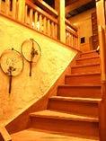 【2階】古材を使った店内は温もりが感じられます