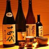 「黒龍」「磯自慢」「鍋島」など銘柄地酒の他、季節限定酒のご用意ございます。