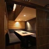 様々な人数に対応できる各種個室を完備しております。