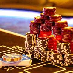 アミューズメント カジノ&バー トランプ