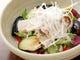 揚げたナスと豚シャブのサラダ。 人気のサラダです。
